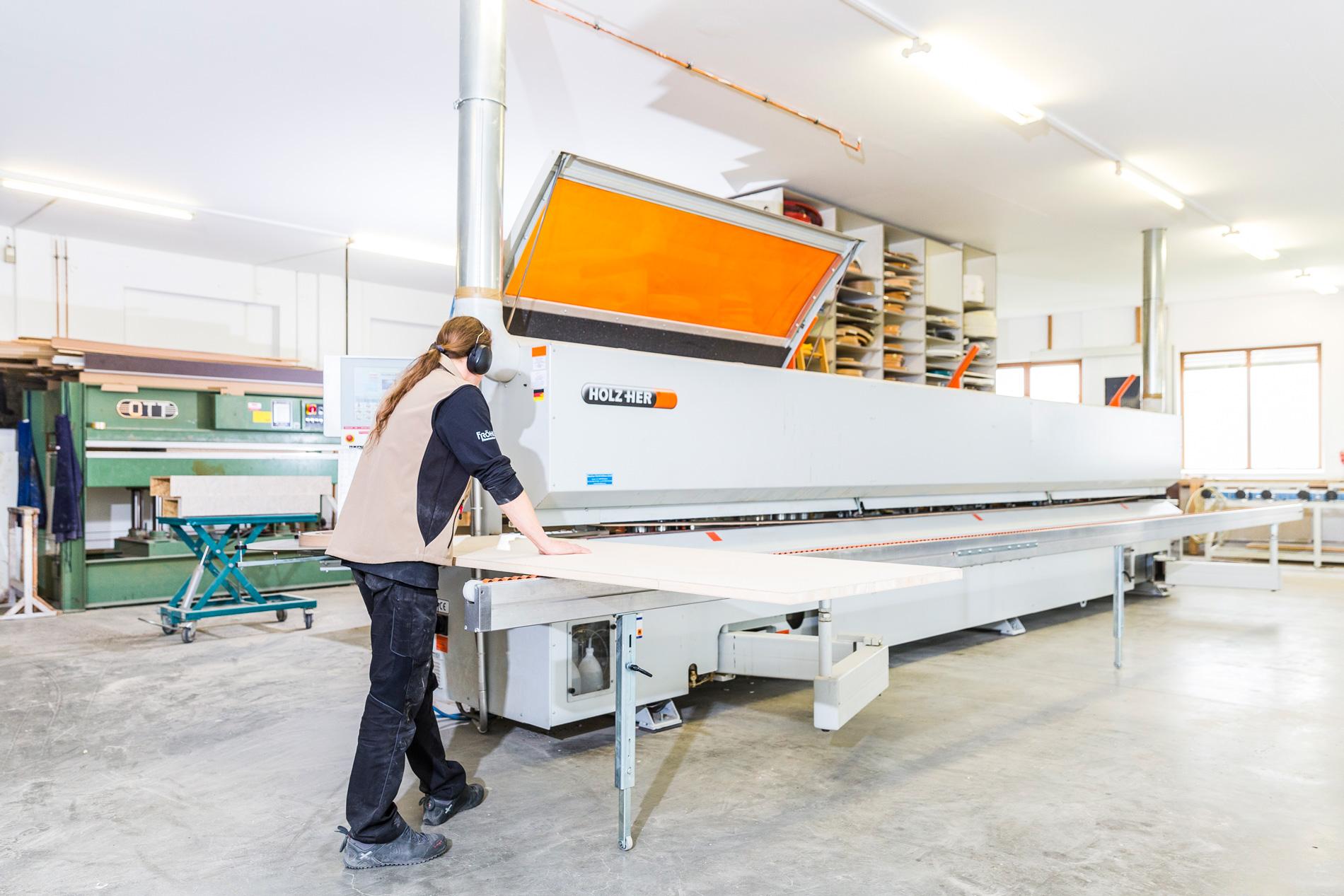 Schreinerei Froehlich - Innenausbau und Ladenbau